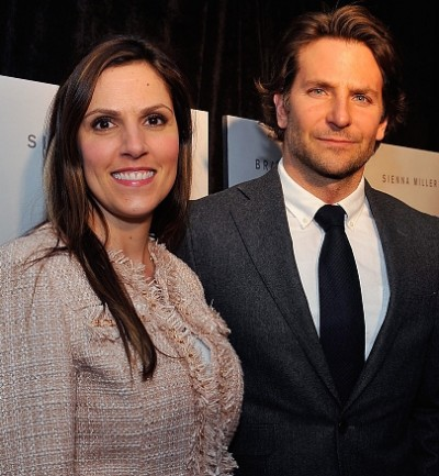 tara kyle bradley cooper 400x433 Taya Kyle Pens Heart Wrenching Anniversary Letter To Fallen Hubby