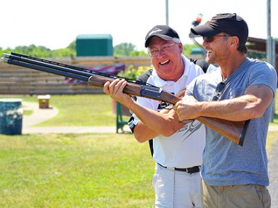 tim mcgraw gun photo