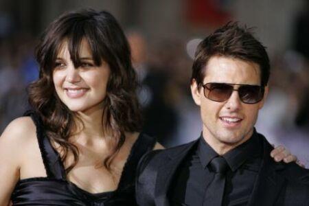 tomcruise katieholmes Tom Cruise Ironclad Prenup Guarantees Katie Holmes Squat