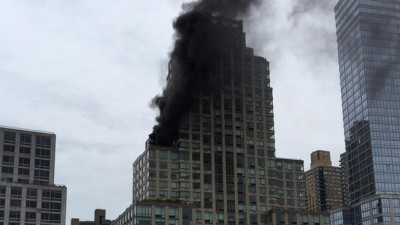 trump tower fire 400x225 TRUMP TOWER NYC BURNING