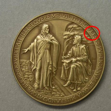 v2pope-commemorative-coin11