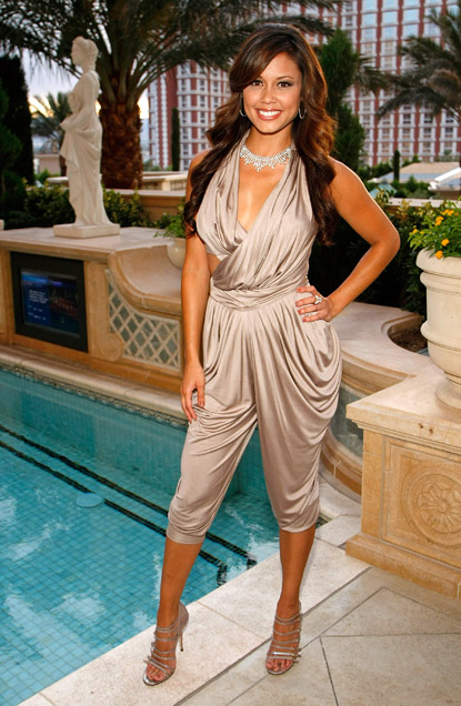 vanessa_minnillo_vegas_simon_g_jewelry