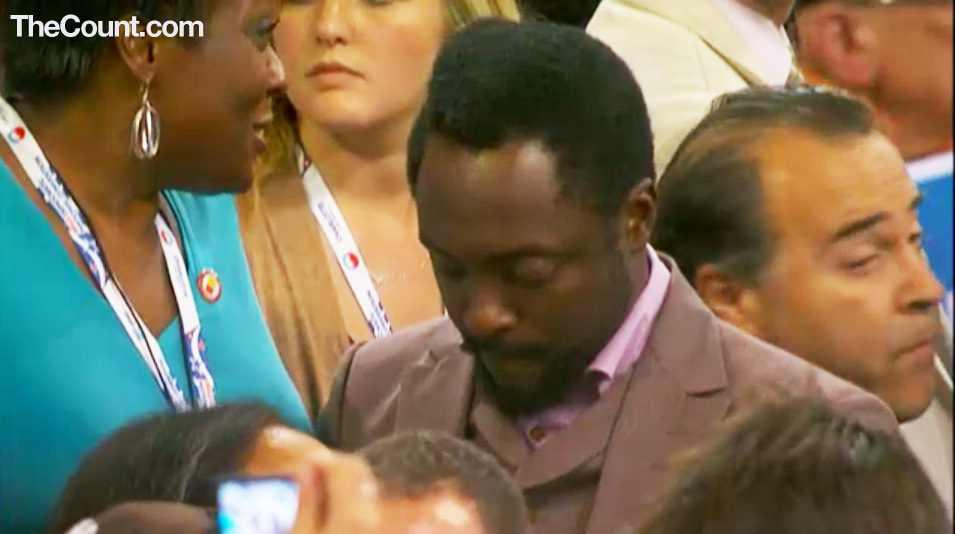 will i am DNC WILL.I.AM SPOTTED AT DNC   Texting... (Exclusive Photo)